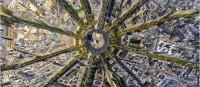 Busqué desesperado una estrella en el mismo corazón de París y no di con ella. Quizás, si hubiera podido asomarme desde lo alto como una de esas centenarias gárgolas de Notre Dame, la habría visto antes.
