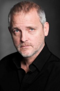 El actor de series de televisión y teatro prologó la novela